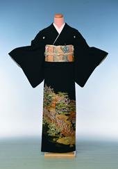 黒留袖(3)